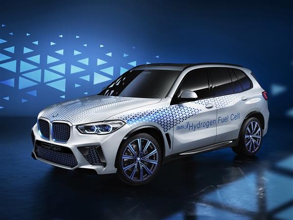 BMW hydrogen fuel-powered i Hydrogen NEXT specs revealed-cnEVpost