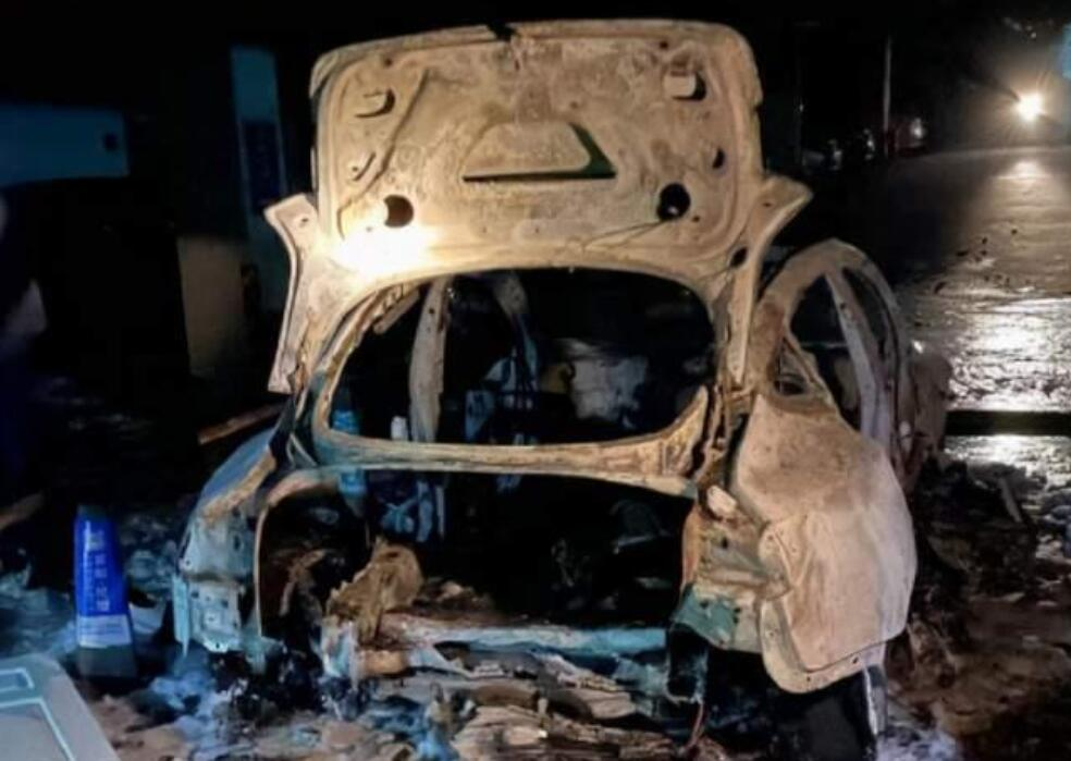 Tesla Model 3 questioned for chassis defects as explosion puts it in spotlight-CnEVPost