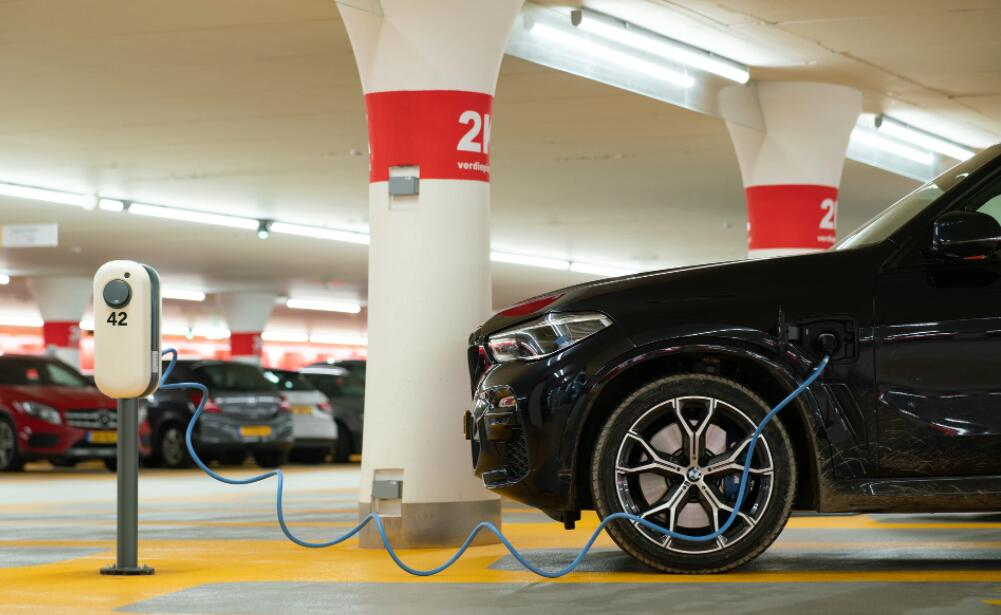 BMW plans to install 360,000 charging piles in China by year-end-CnEVPost