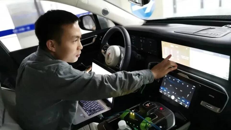 China FAW announces memory parking feature like XPeng's VPA-CnEVPost