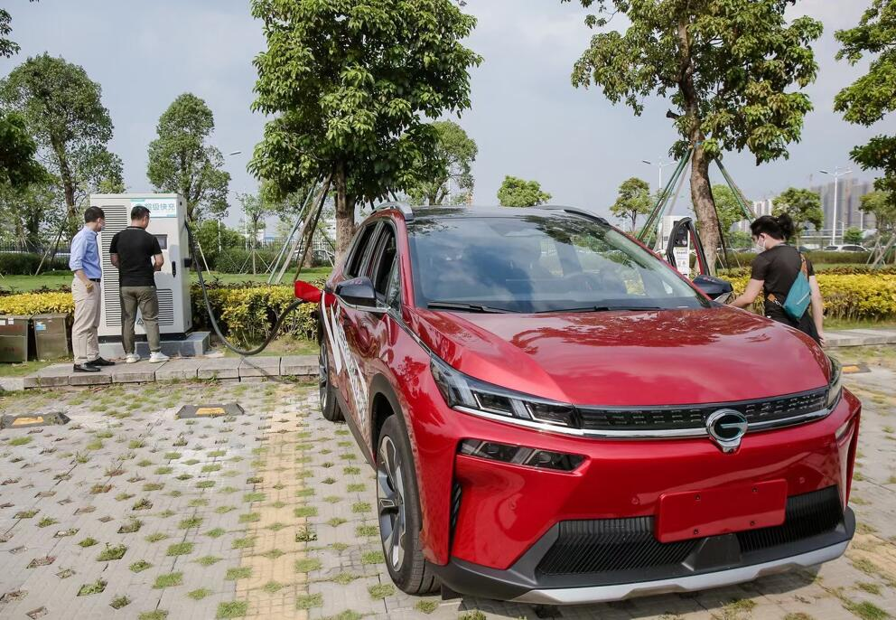 GAC Aion shows technology with charging speed comparable to refueling-CnEVPost