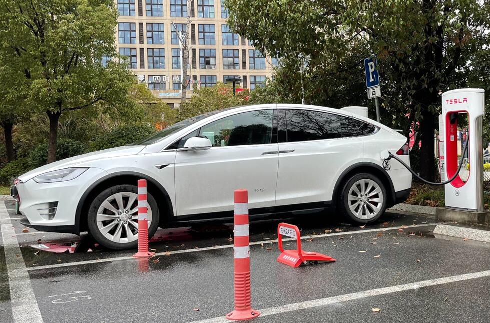 Tesla said to seek significant EV import tariff cut in India-CnEVPost