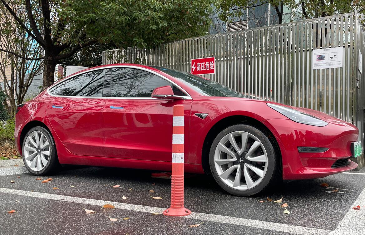 Tesla Model 3 becomes first EV to sell over 1 million units-CnEVPost
