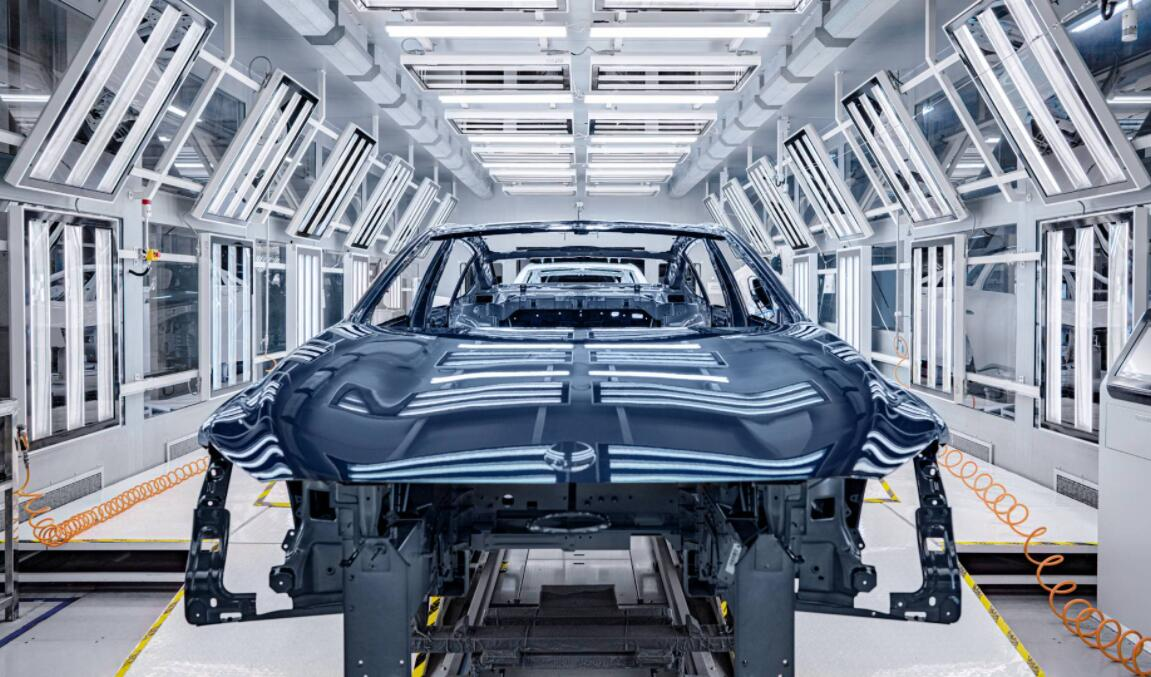 First tooling trial prototypes of NIO ET7 roll off line-CnEVPost