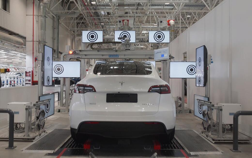 Tesla's Shanghai plant reportedly halted production for days in Aug due to chip shortage-CnEVPost